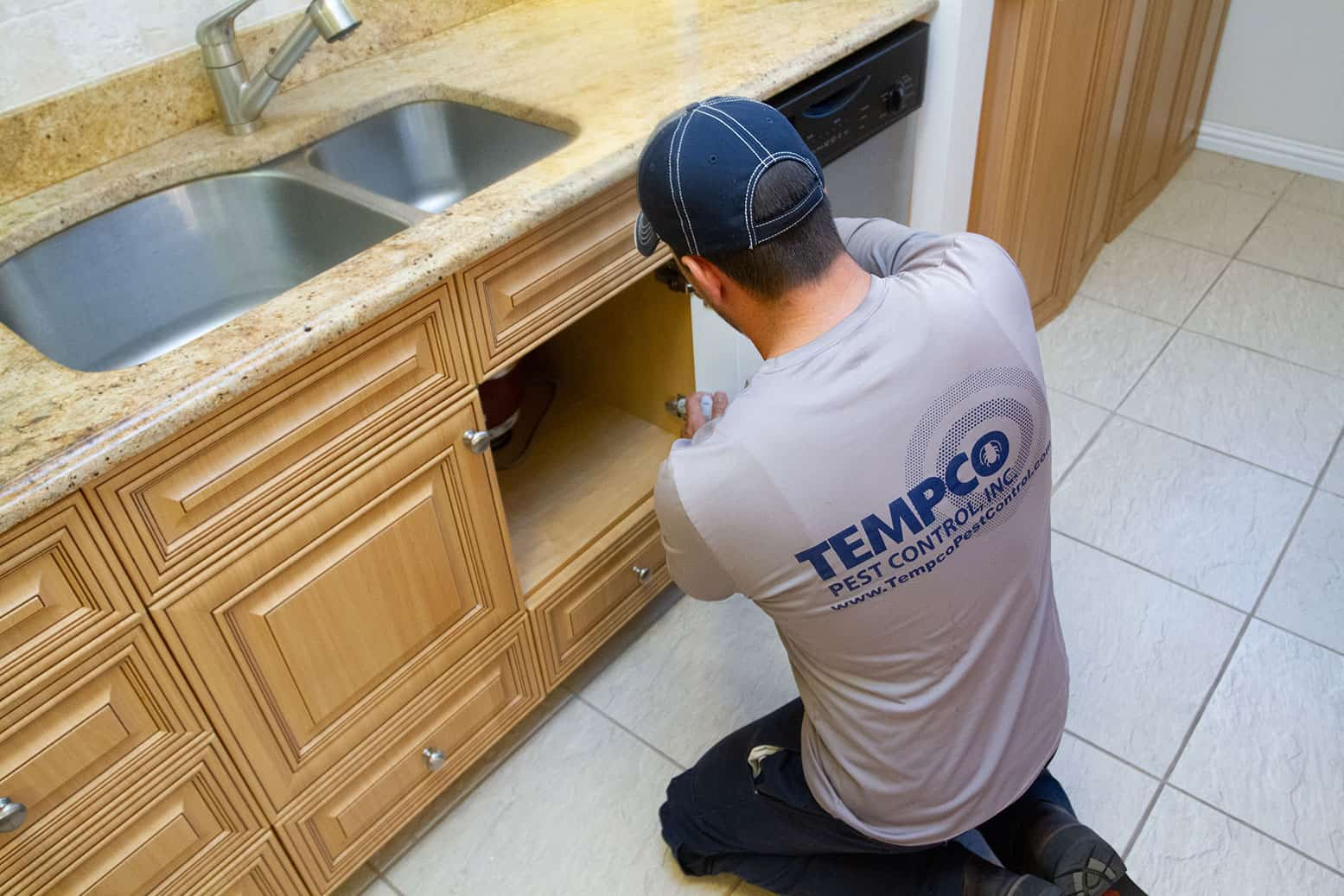 Tempco Tech checking for instects